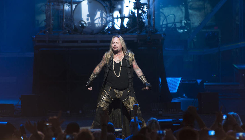 """Looks That Kill"": Throwback Thursday with Mötley Crüe"