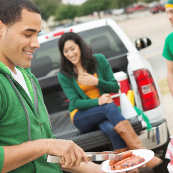 What To Bring To Your Next Tailgating Event?