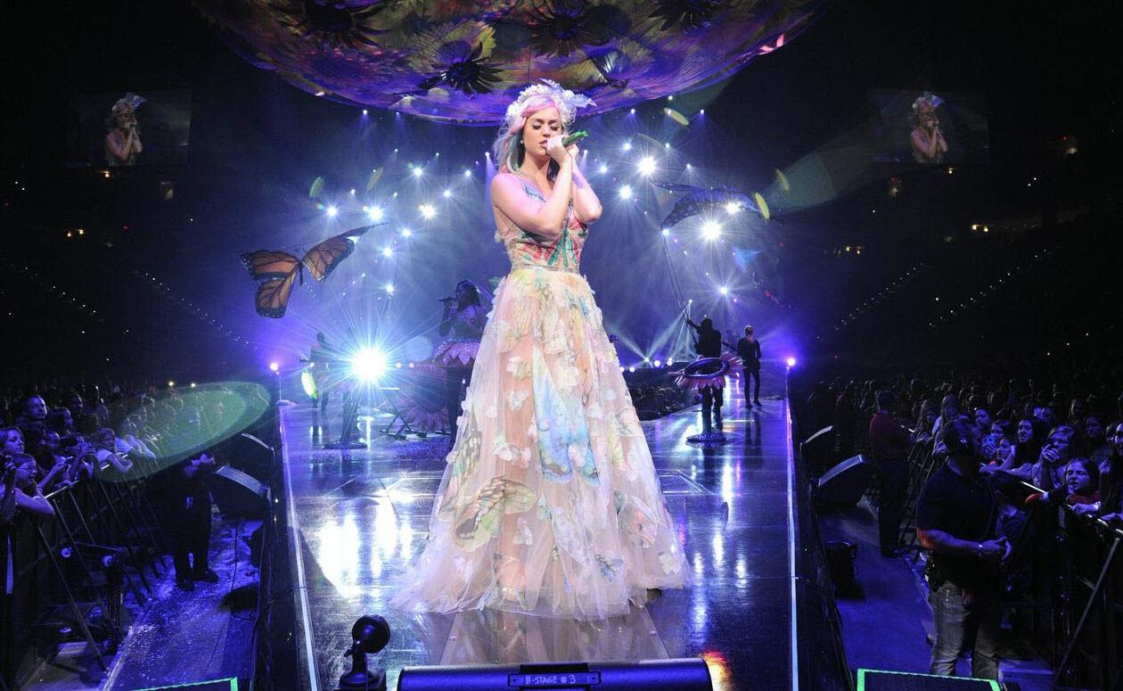 6 On Fleek Katy Perry Music Videos & Moments