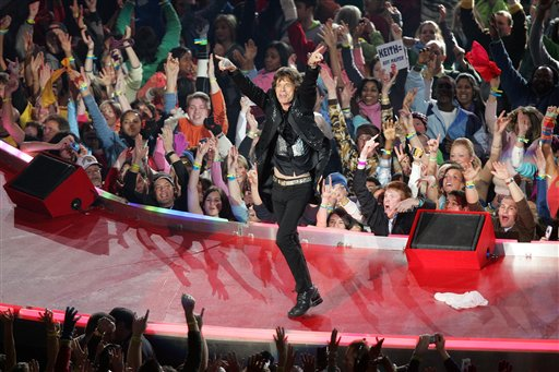 Rolling Stones lead singer Mick Jagger performs on stage during the halftime performance at the Pittsburgh Steelers game against the Seattle Seahawks in Super Bowl XL at Ford Field on February 5, 2006 in Detroit, Michigan. The Steelers defeated the Seahawks 21-10. (AP Photo/Paul Spinelli)
