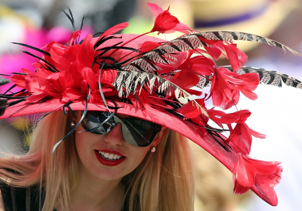 abdc3782624 What to Wear to the Kentucky Derby  33 Head to Toe Fashion Tips ...