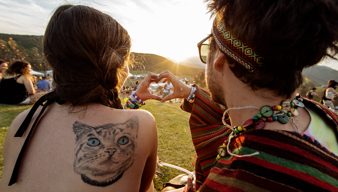 How To Be The Perfect Festival Buddy