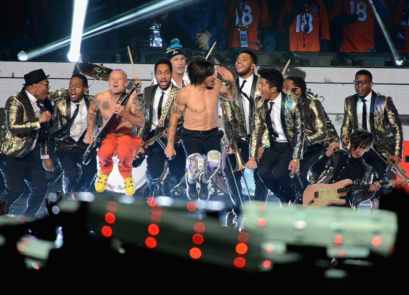 Flea, Chad Smith, Anthony Kiedis, Bruno Mars, and Josh Klinghoffer perform during the Pepsi Super Bowl XLVIII Halftime Show at MetLife Stadium on February 2, 2014 in East Rutherford, New Jersey. February 02, 2014 (Photo by: Theo Wargo/ Getty)