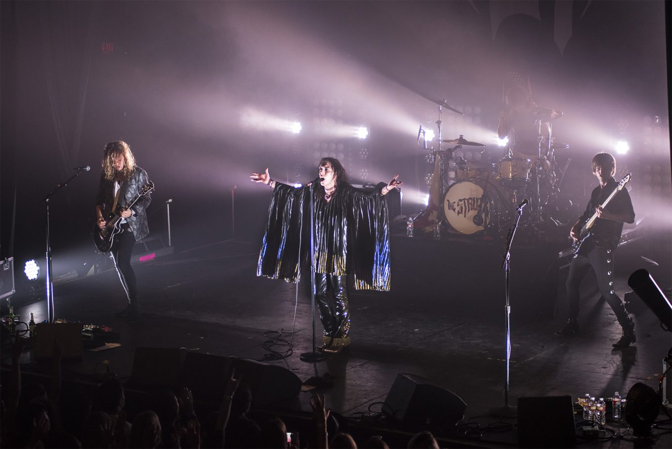 Exclusive Interview With The Struts: British Retro Rockers Flaunt Glam Style