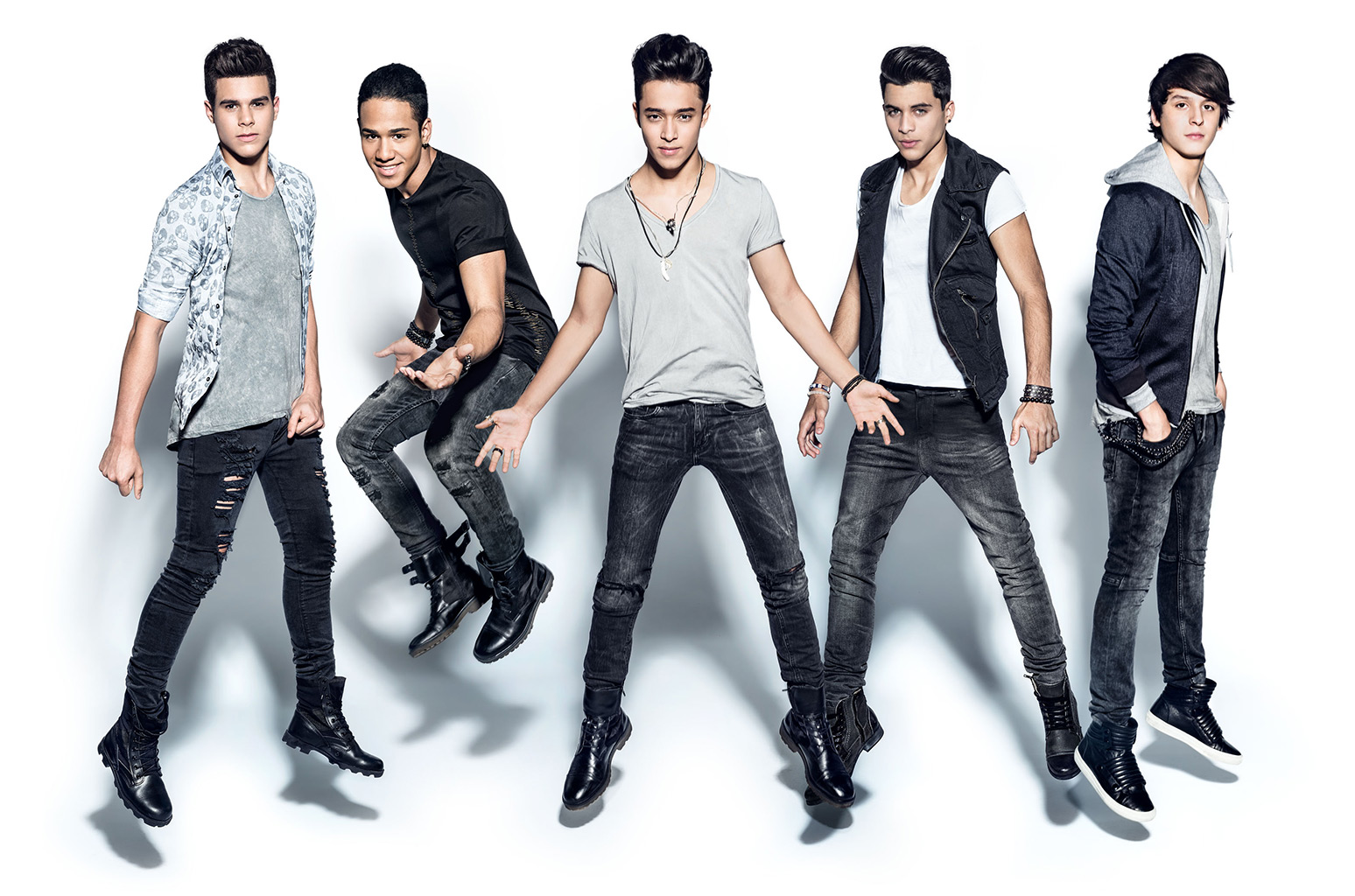 Celebrating CNCO's Success with Epic #FanArt
