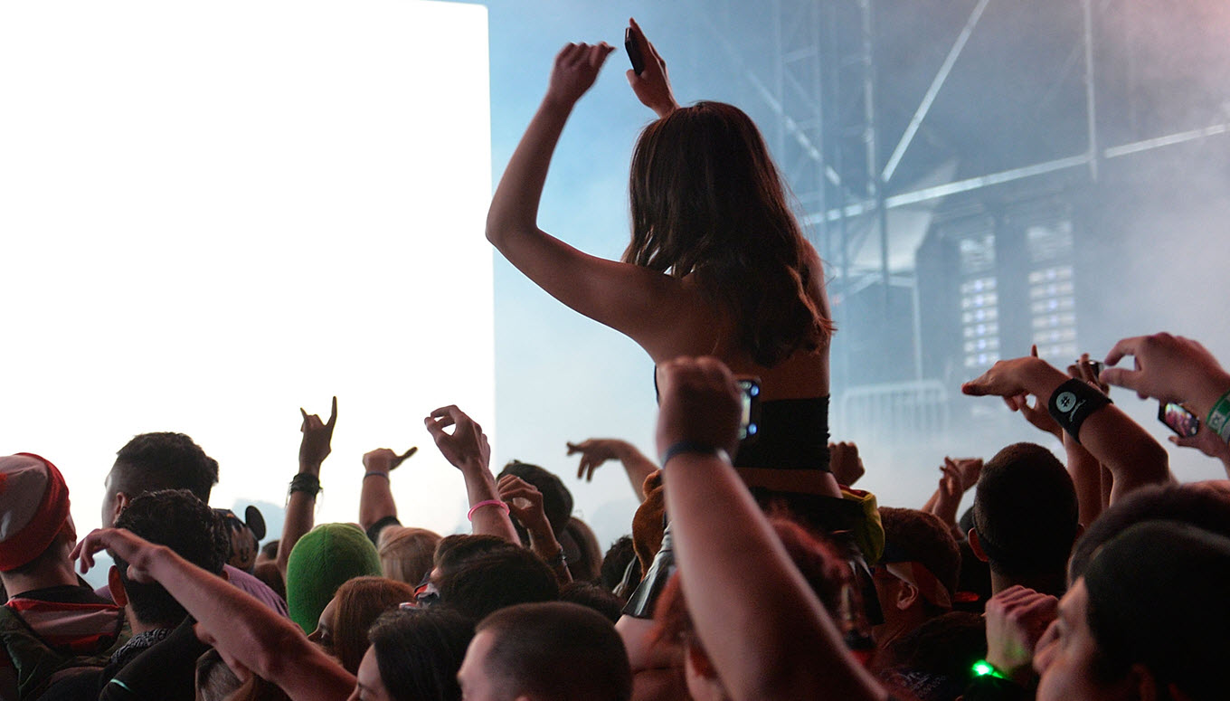 How To Survive Music Festivals on a Budget