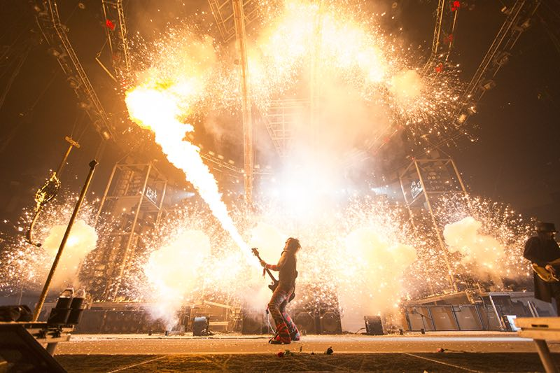 Motley Crue The Final Tour, All Bad Things Must Come To An End