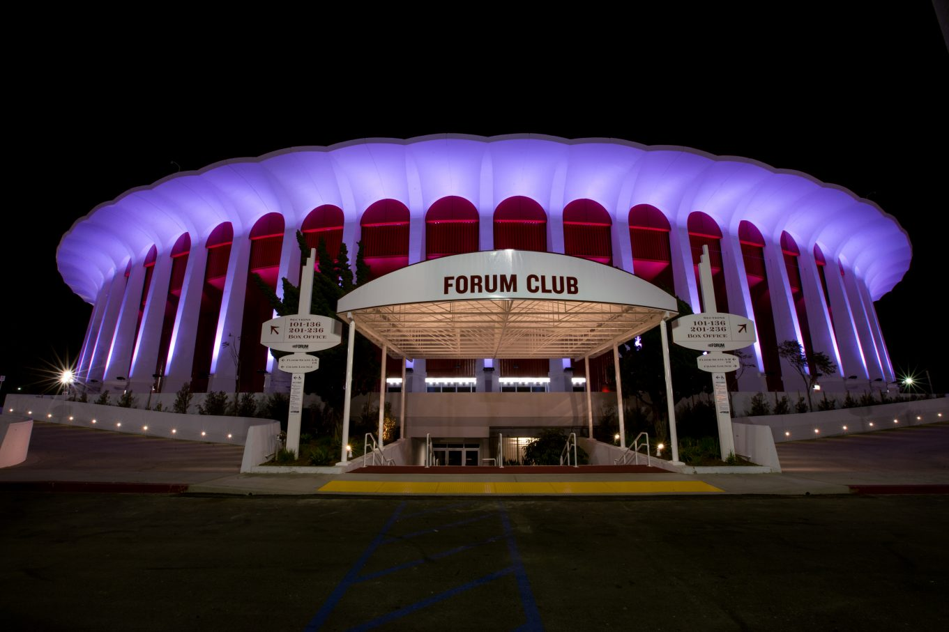 Give the Gift of The Forum: Hot Holiday Tickets