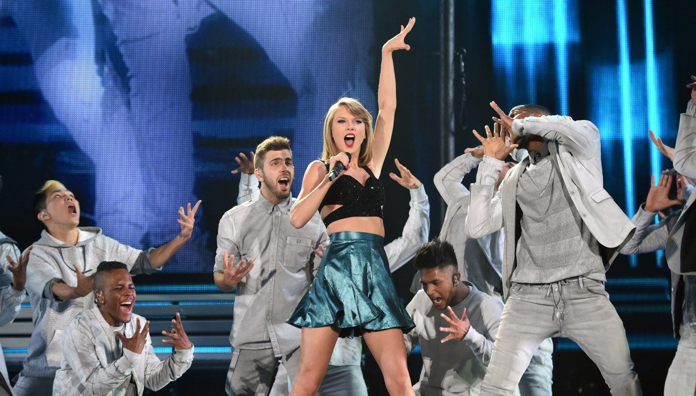 Who Will Be The Next Surprise Guest On Taylor Swift's 1989 World Tour?