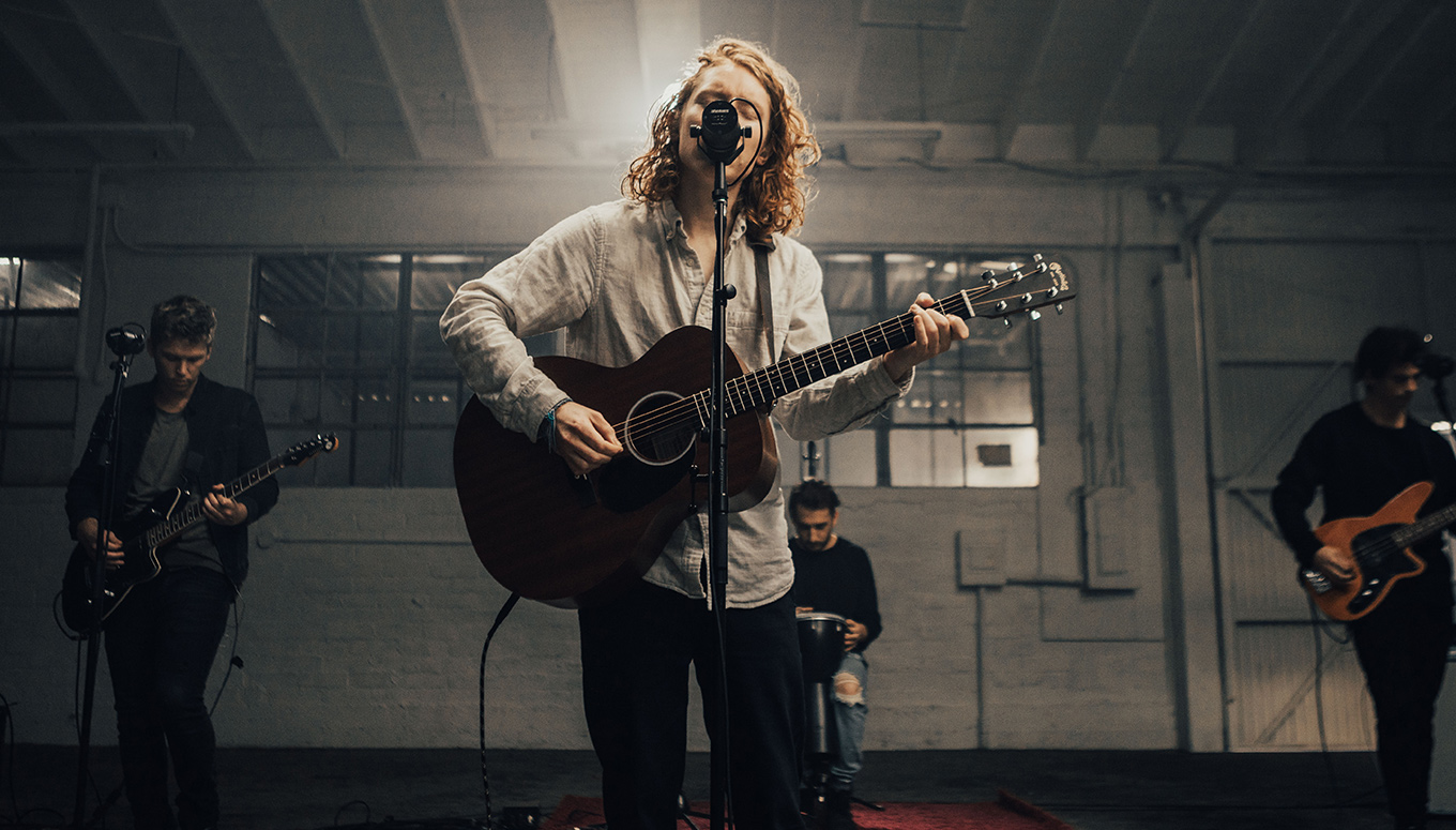 """flor Delivers Serious Emotion With Stripped Down Performance of """"rely"""""""